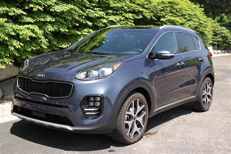 Kia Sportage 2 Review 2017 Kia Sportage Review A Suv For The Family