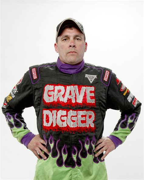grave digger monster truck driver let s chat with carl van horn monster truck driver of