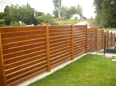 recinzione da giardino recinzioni giardino 25 idee fra legno metallo e piante