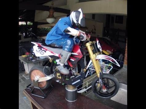 Rc Motorrad Supermoto by Supermoto Rc And Real Live Nitromethane
