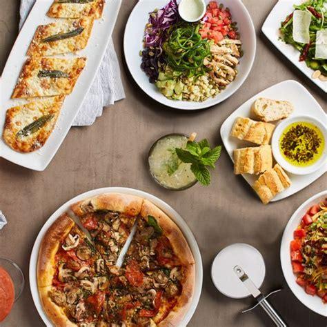 table pizza in palo alto california pizza kitchen stanford shopping center