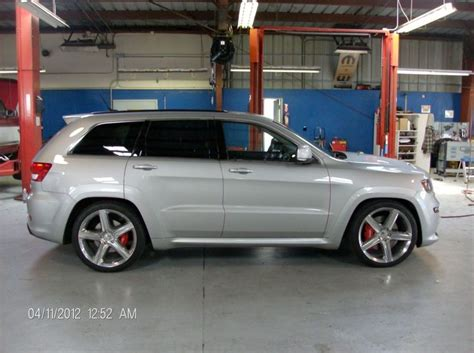 lowered jeep grand cherokee lowered wk2 jeep srt8 petrol head pinterest jeep