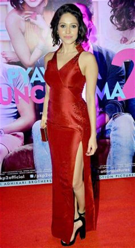 actress name of pyar ka punchnama hot pics of pyaar ka punchnama actress nushrat bharucha