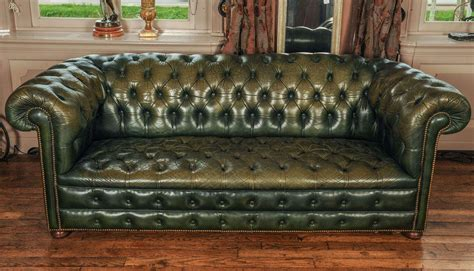Antique Chesterfield Sofas Antique Leather Chesterfield Sofa Vintage Leather Chesterfield Sofa Thesofa
