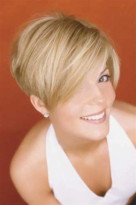 blonde hairstyles blonde razor cut layers short razor cut hairstyles pictures gallery