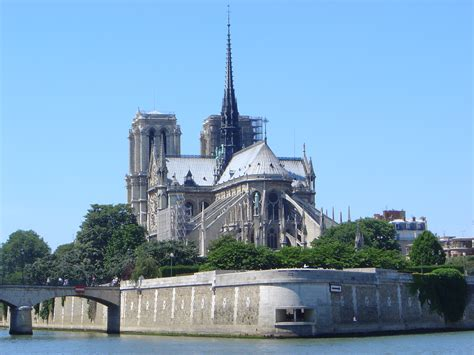 notre drame de paris notre dame cathedral 1163 1345 paris france architecture europe the red list