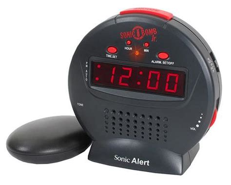 Alarm Clock For Heavy Sleepers Uk by Sonic Traveler Alarm Clock With A Usb Charging Socket