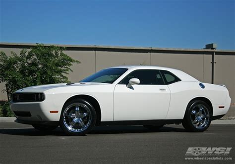 2009 dodge challenger rims 2009 dodge challenger with 20 quot mkw m50 in chrome wheels