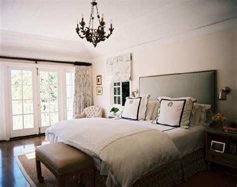 upholstered headboard bedroom ideas monogrammed bedding design ideas