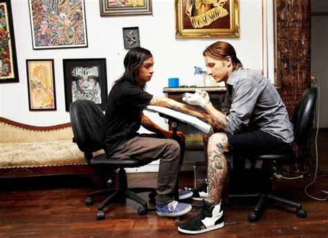 tattoo training school new york scott cbell tattoo artist a big master of tattoos