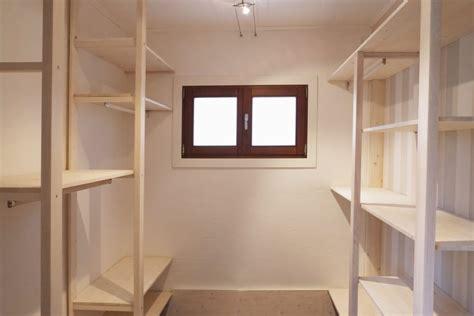 cabina armadio con finestra closets por contesini studio bottega homify