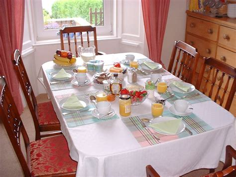 breakfast table ideas accommodation