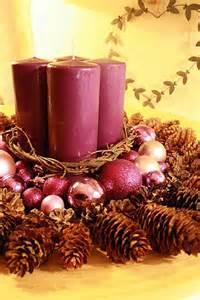 diy christmas centerpieces ideas let your creativity fly with this christmas centerpiece idea you can