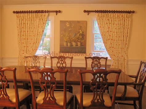 curtains for dining room windows dining room window treatments curtains draperies blinds