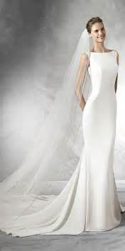 classic wedding dresses 25 best ideas about classic wedding dress on wedding dress simple