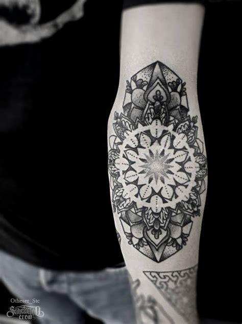 tattoo mandala knie otheser tattoo artist the vandallist