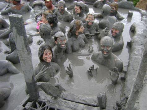 nude bathtub pics naked mud baths hot girls wallpaper