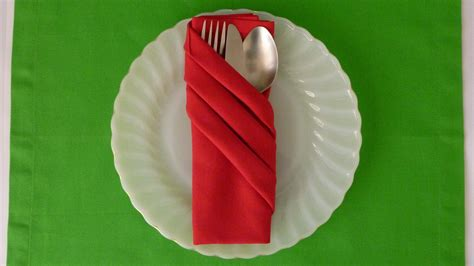 How To Fold A Paper Napkin To Hold Silverware - napkin folding fancy pouch