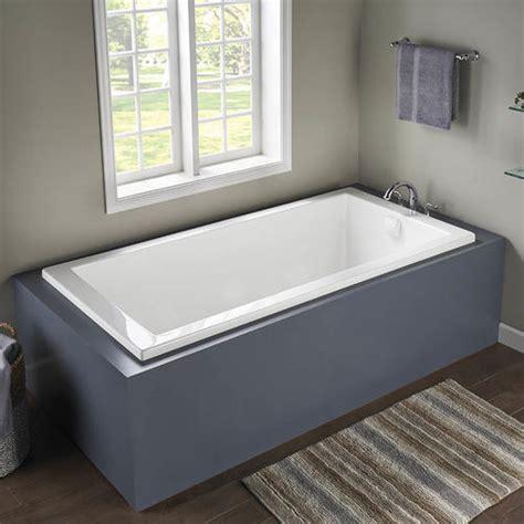 bathtubs menards merrick xl acrylic soaking tub at menards 174