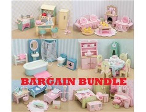 mayberry manor dolls house le toy van mayberry manor dolls house bargain bundle h118d 163 249 99
