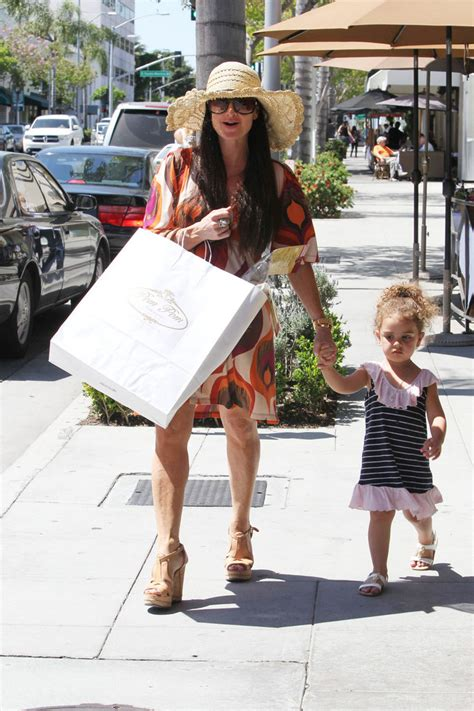 real housewives of beverly hills kyle richards addresses kims kyle richards photos photos kyle richards in beverly