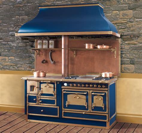 piano de cuisine la cornue cuisini 232 re mixte bois cuisson warm n cozy