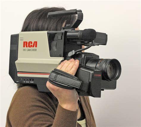 cassette videocamera file rca vhs shoulder mount camcorder jpg wikimedia commons