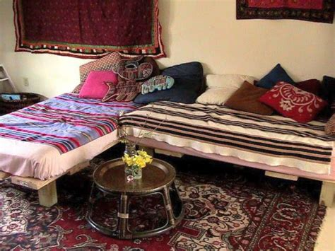 how to make a day bed how to make daybed in l shaped