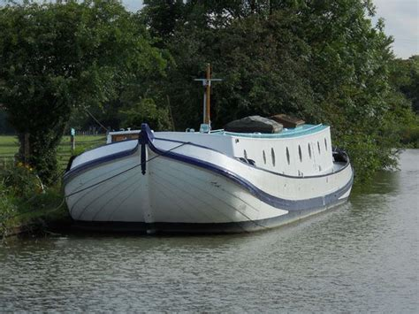 boat houses for sale uk for sale dutch tjalkl 163 189 000 the boat yard also offers