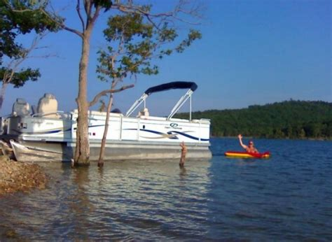 table rock lake pontoon rentals table rock lake welcome to quot my lake condo quot on table rock