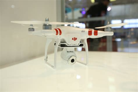 Dji Phantom Vision Dji Phantom Vision Uas Has Integrated 14mp Hd Uas Vision