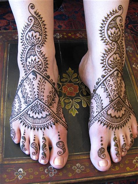 Latest Fashion Latest Mehndi Designs For Legs 2011 Design On Leg For 2011