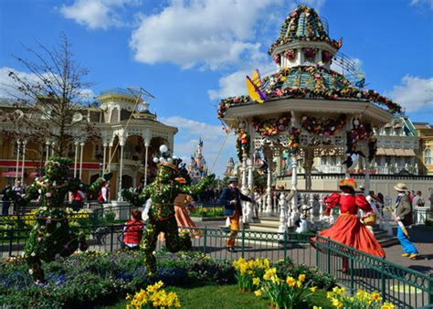 disneyland for families 2018 expert advice by for books easter 2018 disneyland 4 nights 5 day 2 park