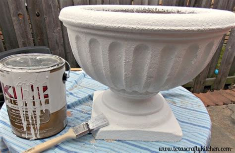 Painting Concrete Planters by Diy Painted Concrete Planter Guest Post From Crafty