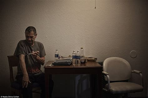 living out of a hotel room americas homeless living in a florida motel captured on oaks lagoons official website
