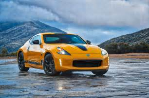 Heritage Nissan 2018 Nissan 370z Heritage Edition Keeps Coupe Alive