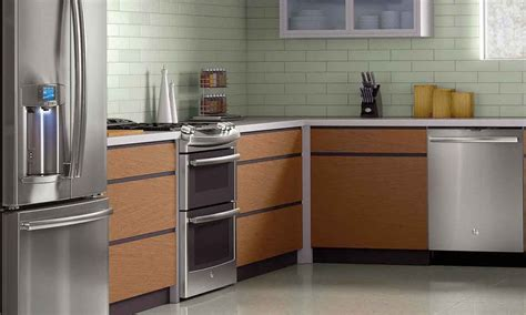 inexpensive kitchen appliances cheap kitchen appliances turning white appliances into