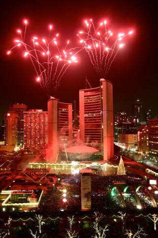 toronto new years fireworks 2018 new years fireworks family events toronto gta