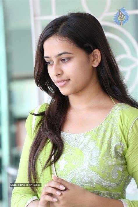 actress mulai siraya stills sri divya sri divya actress mulai image consejos de fotograf 237 a sri divya pinterest