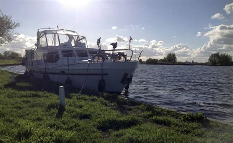 last minute jachtverhuur friesland yachtcharter friesland gjs hw yachtcharter