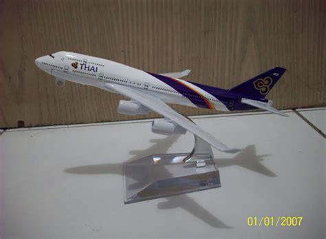 Miniatur Pesawat Citylink diecast miniatur pesawat thai b747 400 diecast miniatur