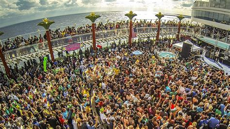 mad decent boat party mad decent boat party november 11 15 2015