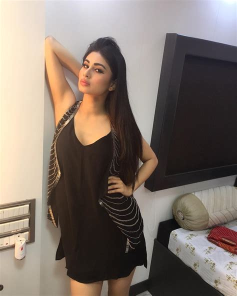 how to look sexier in bed mouni roy hot unseen sexy photos and wallpapers