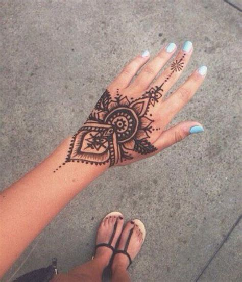 henna style flower tattoos henna designs tattoos beautiful