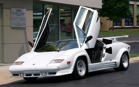 classic lamborghini countach beautiful classic lamborghini supercars wallpapers
