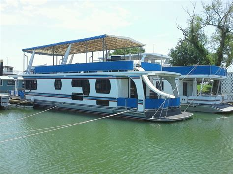 motor boat liveaboard liveaboard boats for sale 1996 jamestown houseboat