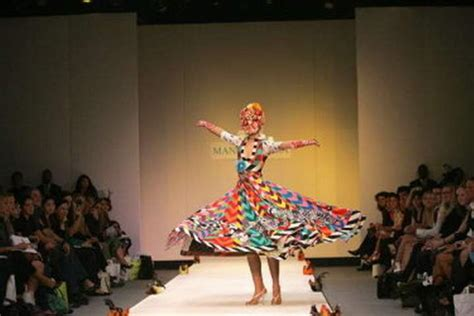 themes taken by fashion designers art of fashion flora and fauna theme splendid pictures
