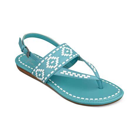 marc fisher sari flat sandals in blue sand white