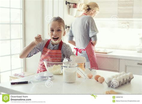 the knife mom used mother s day kitchen gifts rada blog mother and daughter are cooking