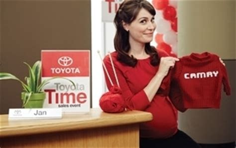 New Toyota Tv Commercial Toyota And Saatchi Write Ad S Pregnancy Into Popular